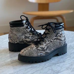 NWT Gabriella Boots
